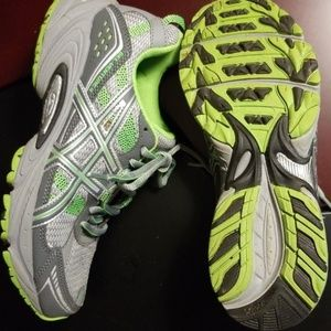 Asics Gel-Venture 4 running shoes 8.5 medium